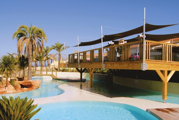 Eurocamp: Club Colombier in Frejus, French Riviera
