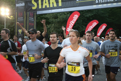 Magazine-driven gatherings make fitness a day in the park