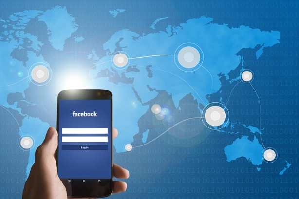 Why more execs are opening up on Facebook