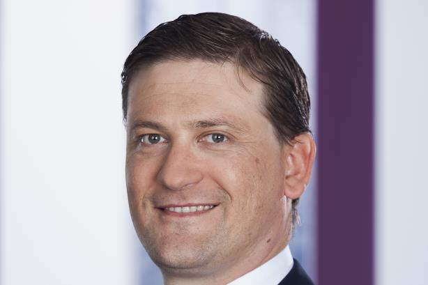 GE Power hires Siemens' Greg Gibbons as comms chief