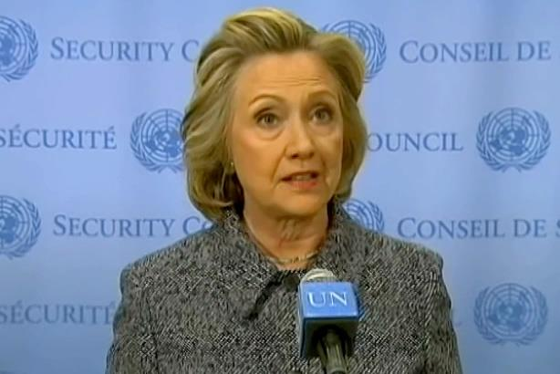 Clinton communications director scolds The New York Times over 'emailgate'