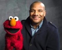 Elmo puppeteer steps down as sex scandal widens