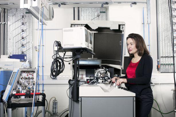Professor Dame Carol Robinson:  L'Oréal–UNESCO For Women in Science 2015 award winner