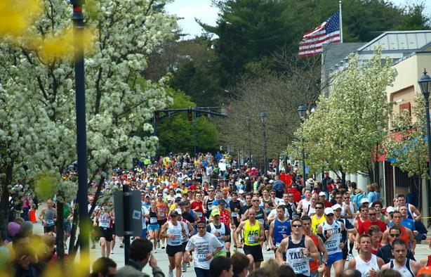 Massachusetts seeks agency for marathon bombing victim outreach