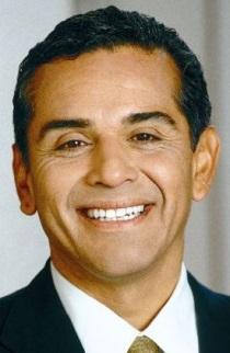 Former Los Angeles mayor joins Edelman as adviser