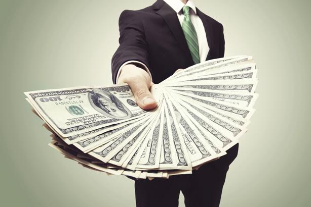 Bribe or harmless incentive? Paying journalists for audits called a gray area
