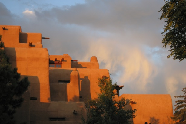 Tourism Santa Fe retains Lou Hammond for PR