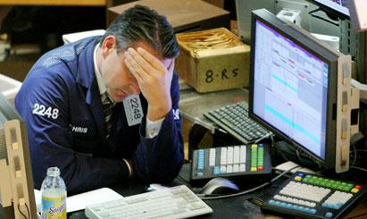 Financial comms steady amid Wall Street turmoil