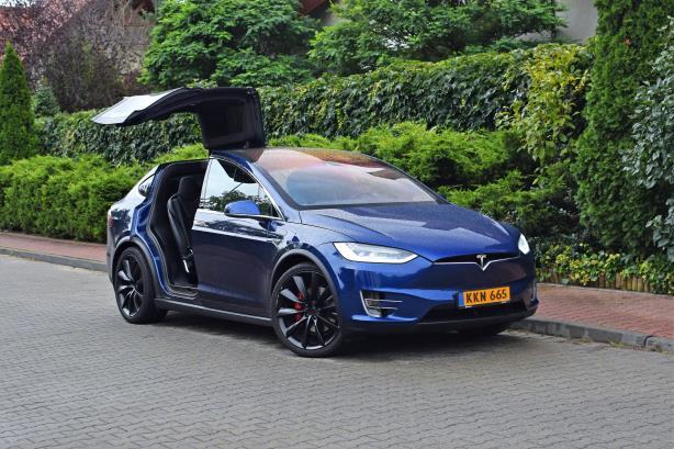 Breakfast Briefing: Tesla plots a 'very difficult' roadmap