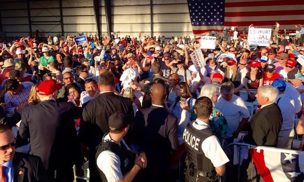 The scene at a recent Trump rally in Sacramento, California. (Image via the Trump campaign's Facebook page).
