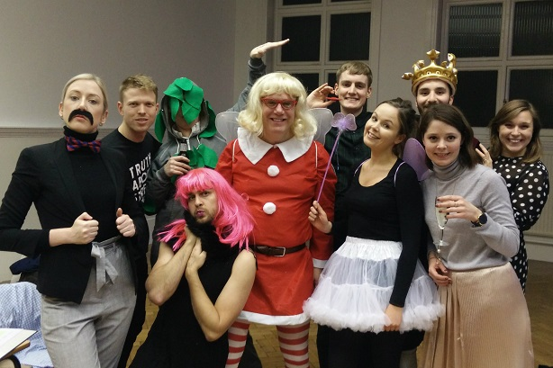 Flack on Friday: Panto time at Weber (oh yes it is!), Laps land, Halpern's starry night, Meghan Markle