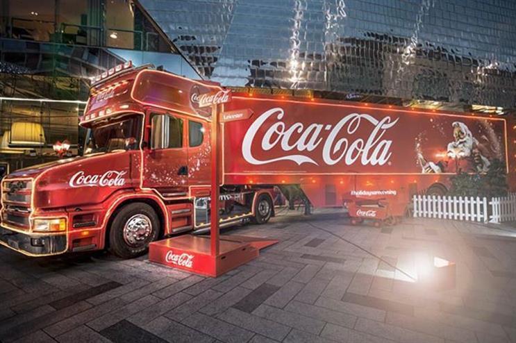 christmas coca cola truck tour begins on 28 november - Coca Cola Christmas Commercial