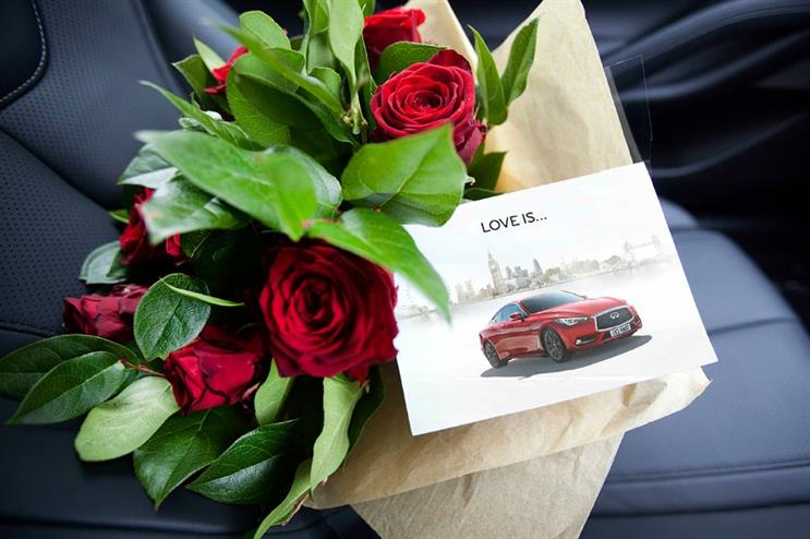 Infiniti Q60 surprises customers with roses on Valentine's Day