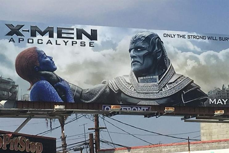 Is Rose McGowan wrong about the 'X-Men: Apocalypse' billboard?