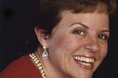 Dr Julia Riley