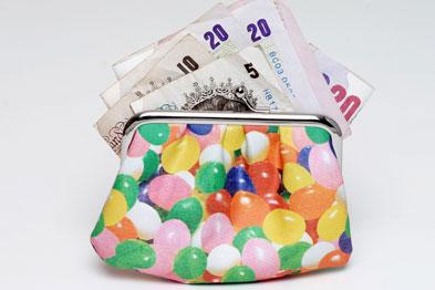Men earned £83,333 on average in 2006, while women earned £72,250.