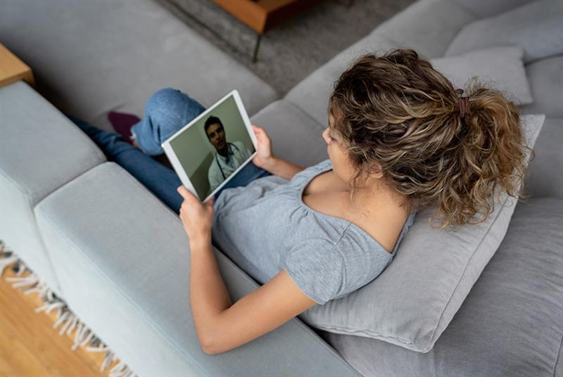 Remote consultations (Photo: andresr/Getty Images)