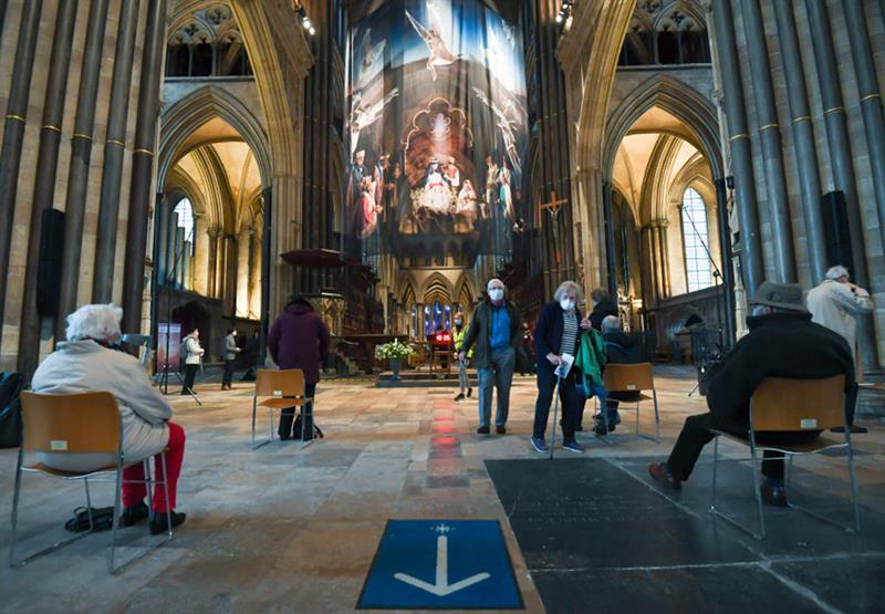 Salisbury Cathedral used as vaccination site (Photo: Finnbarr Webster/Getty Images)