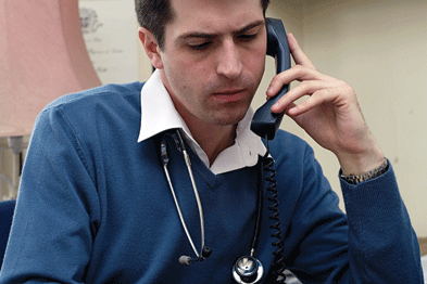 Phone: NHS England threat over 084 numbers