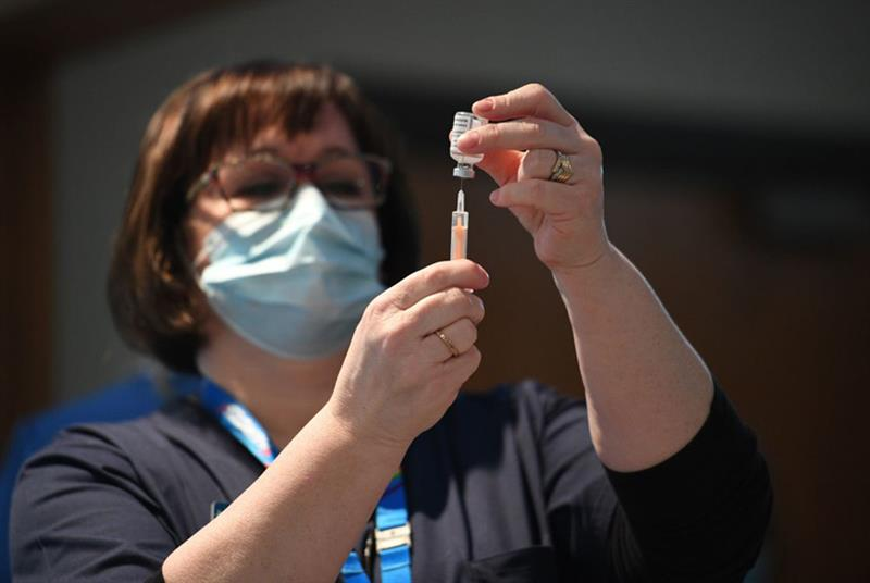 COVID-19 vaccine (Photo: Oli Scarff/AFP/Getty Images)