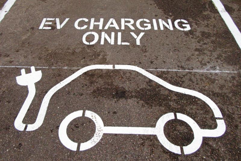 Electric cars (Photo: Keith Mayhew/SOPA Images/LightRocket/Getty Images)
