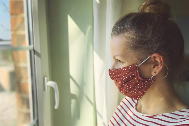 Patients urged to wear masks (Photo: Rike/Getty Images)