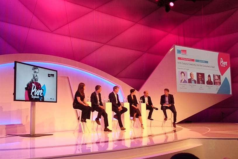 Maureen Traynor (Spotify), Jay Sears (Mastercard), Ian Wilson (Heineken), Frances Ralston-Good (Hearts & Science), Robert Schwartz (IBM iX) with presenter Jim Cooper