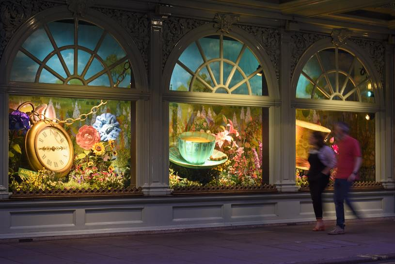 Disney: it is taking over Fortnum & Mason windows for the first time