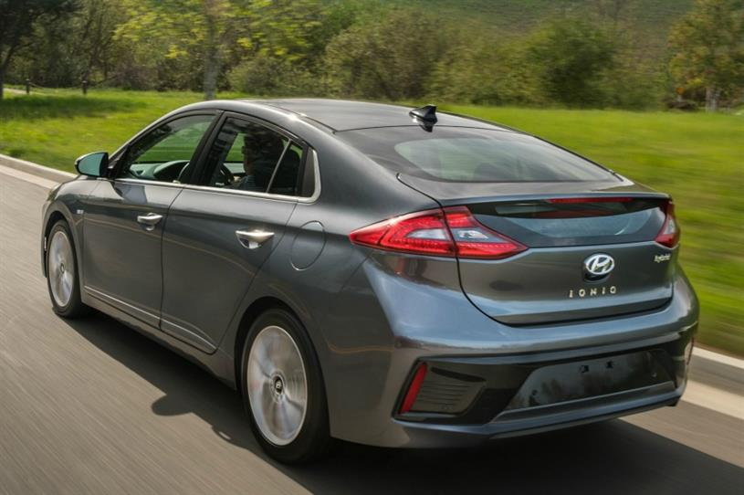 Hyundai teams up with Tinder to offer test drives