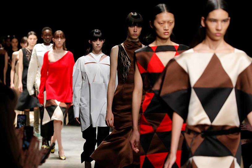 London Fashion Week Goes Digital For Merged Men S And Women S Event Campaign Us