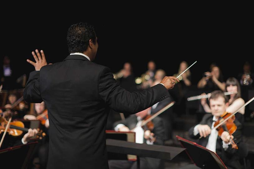 Account management: is it like the role of conductor in an orchestra?