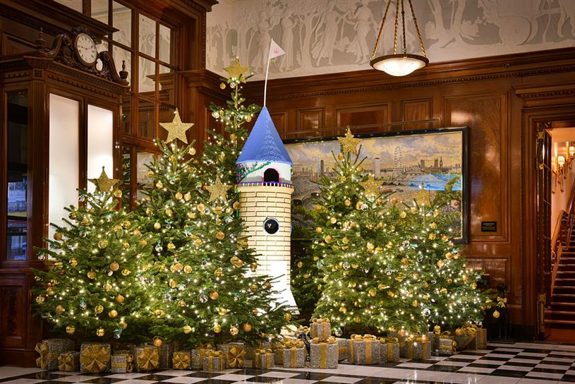 Lego: visitors to Savoy can create decorations