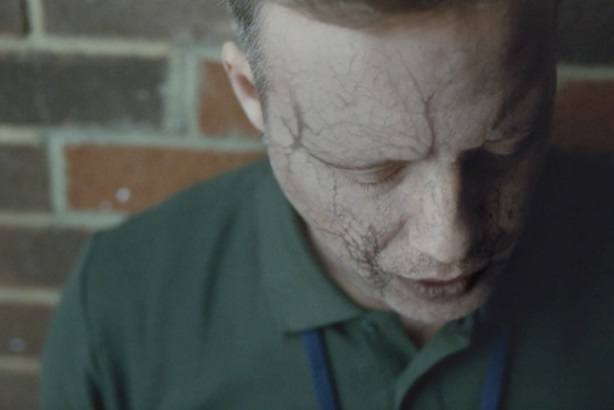 Will This New Hard-Hitting Advert Make You Stop Smoking?