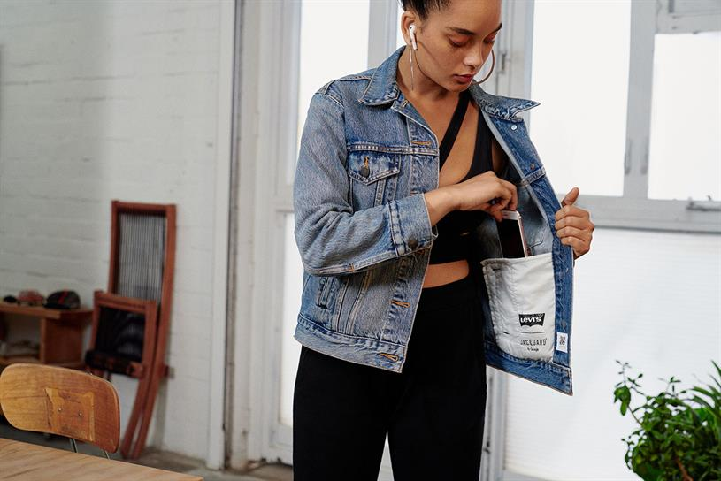 Levi's: jacket includes functions such as camera