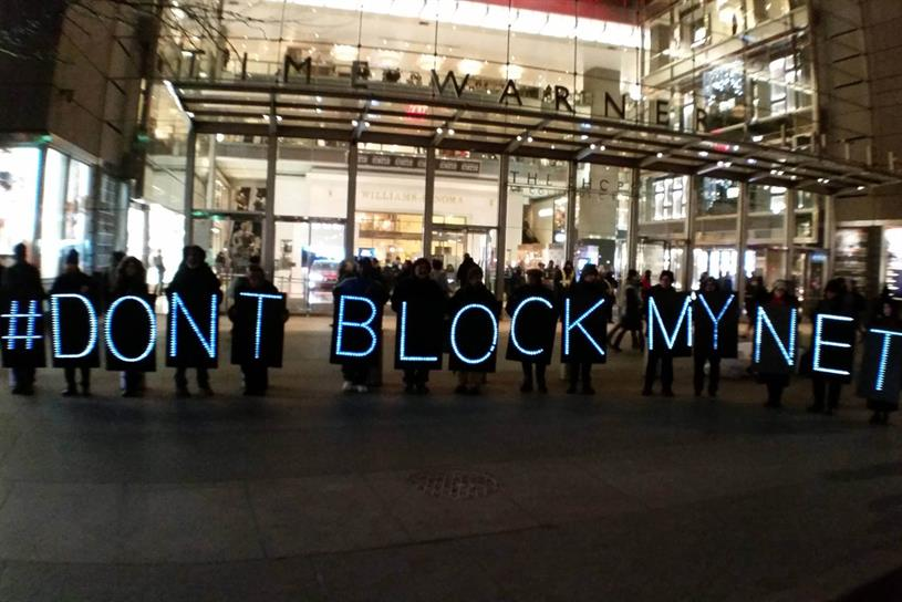 US Regulator Repeals Net Neutrality amid Public Protest