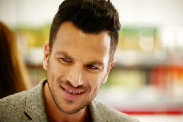 Unbelievable Peter Andre shopping at Iceland