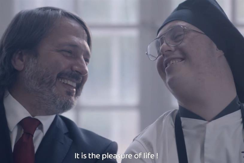 VMLY&R: Paris office created campaign for Colgate