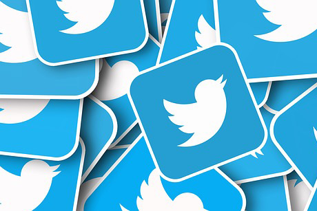 Twitter beats revenue expectation, sees rise in daily users viewing ads