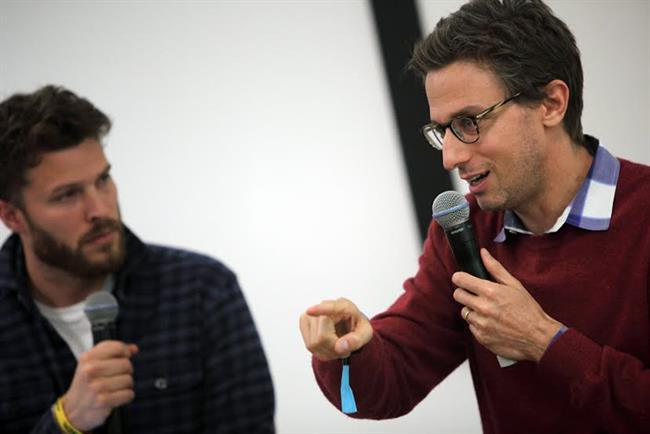 Jonah Peretti (right) was interviewed by Rick Edwards at Mindshare Huddle in London.