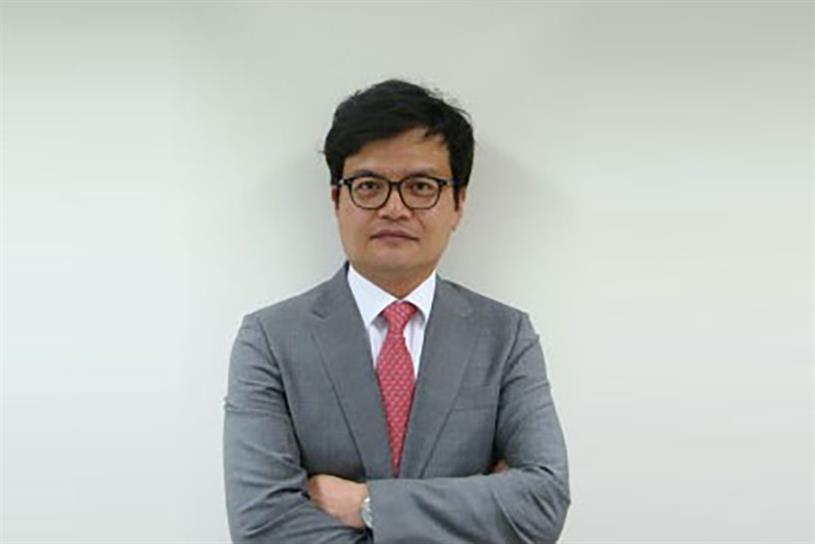 Junghwan Kim.