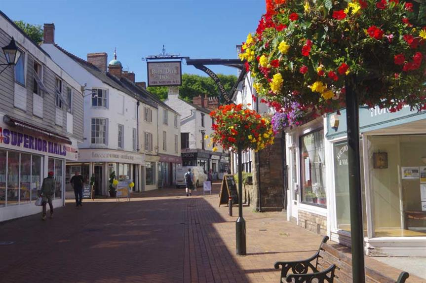 Banbury: town sits within Cherwell Council area (pic: cc-by-sa/2.0 - © Stephen McKay - geograph.org.uk/p/6262602)