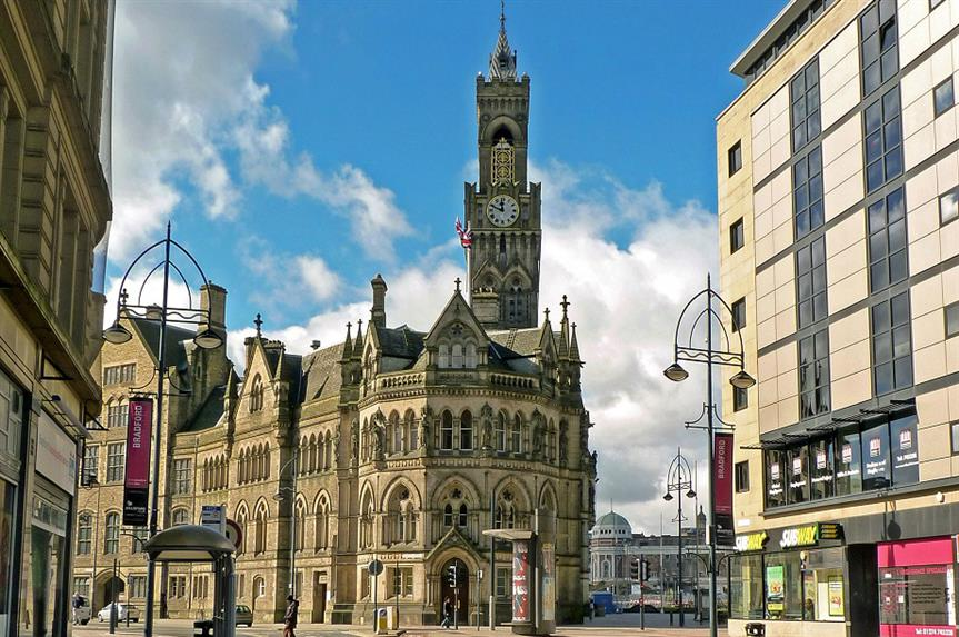 Bradford Town Hall. Pic: Jon Farman, Flickr (https://www.flickr.com/photos/jonfarman/4485356504)