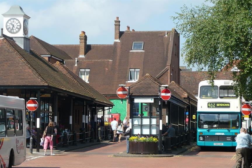 Sevenoaks bus station - image: Arriva436 (CC BY-SA 3.0)