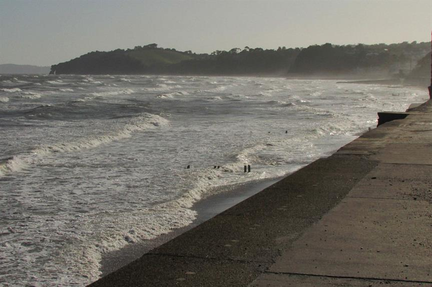 The Devon coast at Dawlish (pic: Derek Harper, Geograph)
