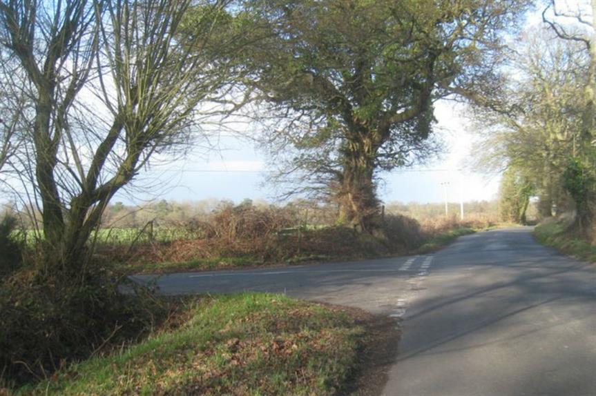 Pale Lane, Fleet (pic: SU7854, Geograph)