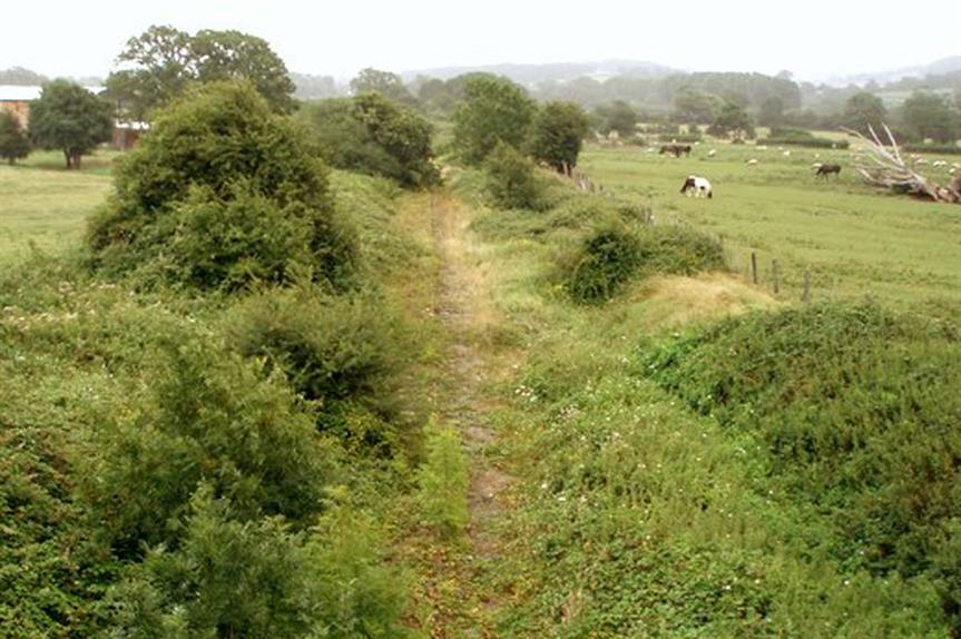 The disused rail link between Pill and Portishead (pic: Sharon Loxton, Geograph)