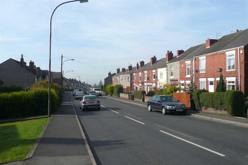 Williamthorpe Road (pic: cc-by-sa/2.0 - © Alan Heardman - geograph.org.uk/p/582149)