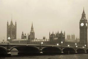 Snow continues to disrupt UK travel