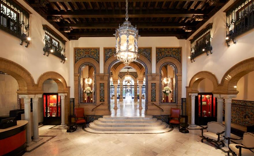 Hotel Alfonso XIII: Starwood invests in Luxury Collection properties