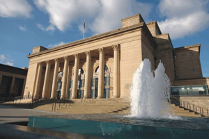 Sheffield City Hall won the White Rose Award for Business Tourism 2009.